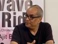 Chetan Bhagat, Ajit Balakrishnan Discuss The Information Age