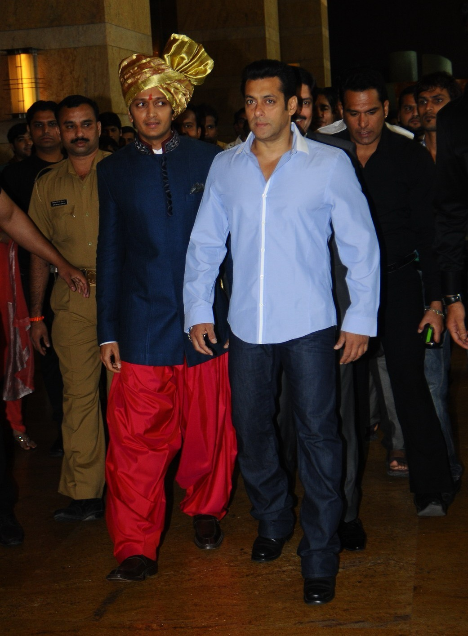 Salman Khan Wedding Photos Salman khan arriving at the