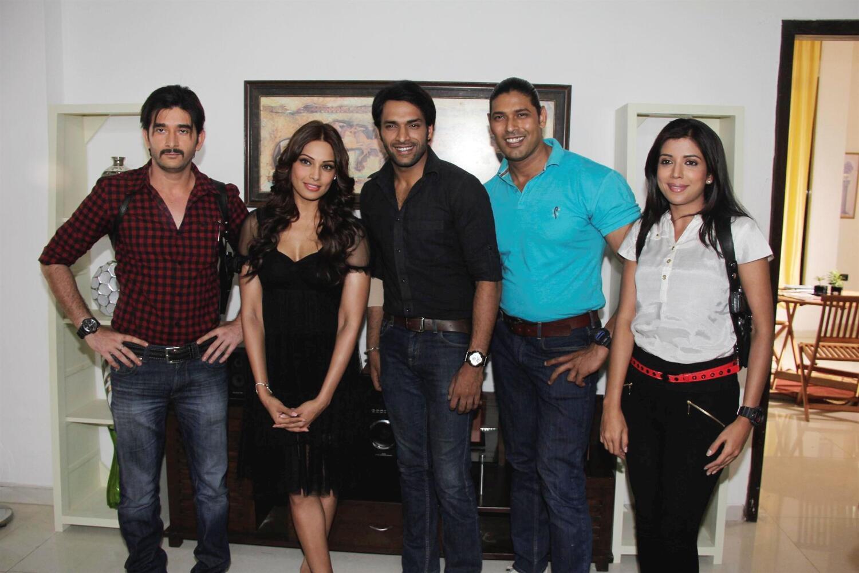 Basu with Behzaad Khan Shaleen Malhotra Kiran Karande Sheetal Shah    Shaleen Malhotra And Sheetal Shah