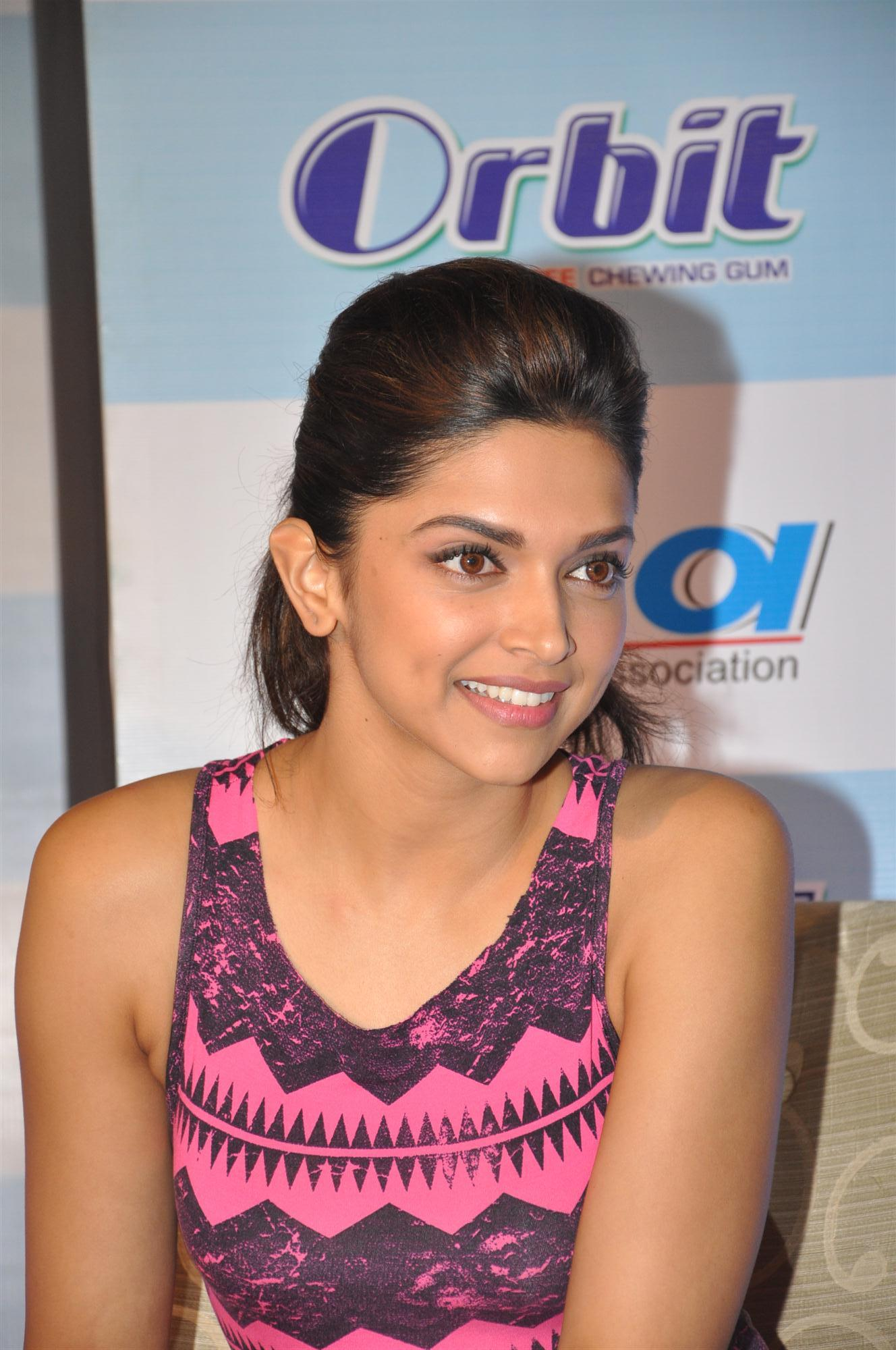 Deepika Padukone at National Oral Health Program launch at ...