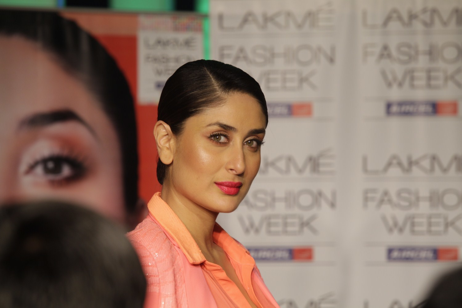 Kareena Kapoor at LFW Summer Resort 2013 Grand Finale in Mumbai 3