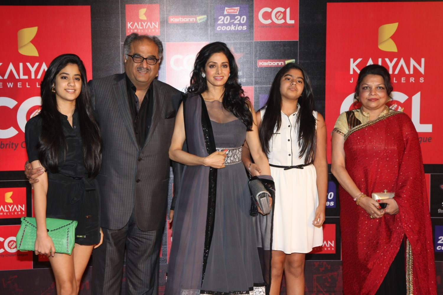 Sridevi posing with her family at Celebrity Cricket League Season 3 ...