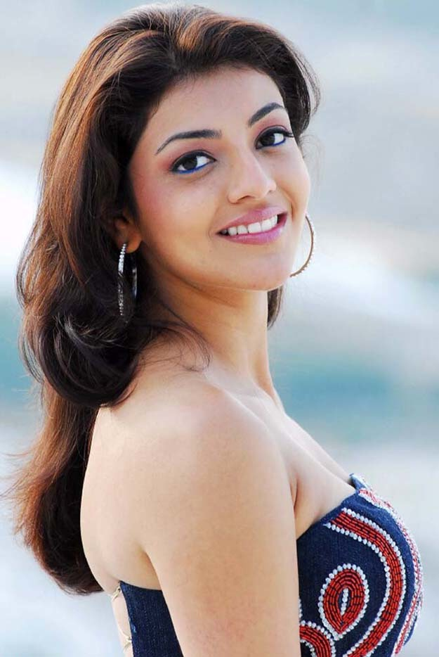Download this Kaajal Agarwal Hot Photos picture