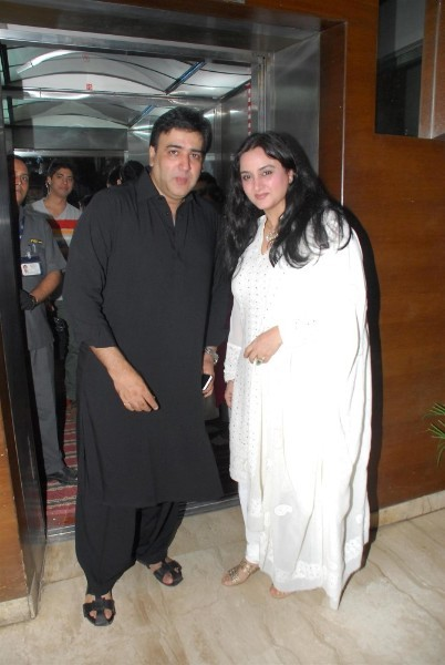 Sumeet Saigal Farah with Sumeet Saigal at film Haider special screening