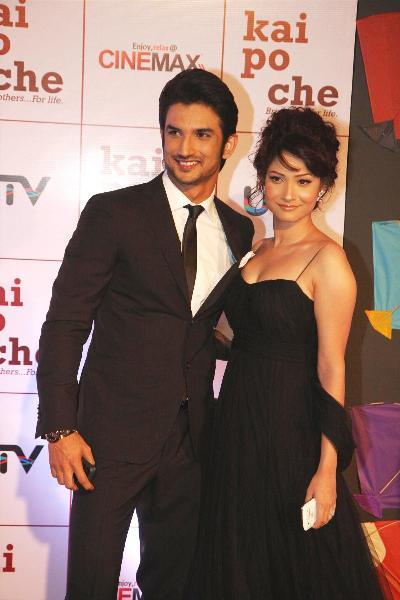 Actor Sushant Singh Rajput with girlfriend Ankita Lokhande at film KAI PO CHE premiere at Cinemax in Mumbai  1