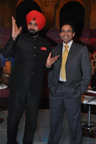Harsha Bhogle with Navjot Singh Sidhu before Sony's Extra Innings show.