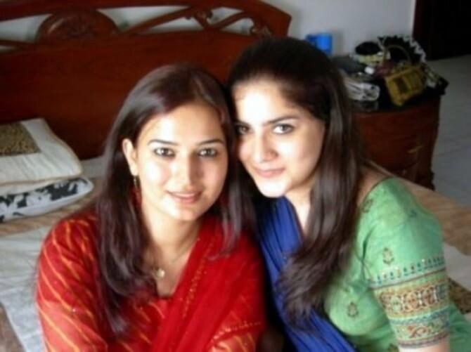 pakistani girls 450x337 1