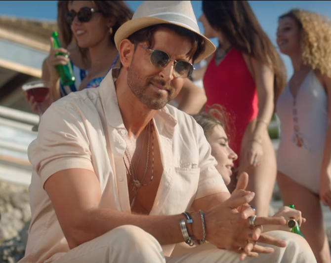 Ghungroo Song   War Movie starring Hrithik Roshan and Vaani Kapoor  29