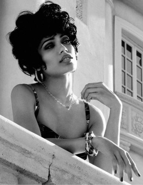 Freida Pinto Flaunt Magazine July 2012 Issue Photo