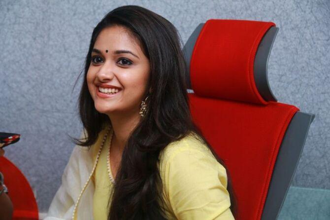 nadigaiyar thilagam movie photos-photo1