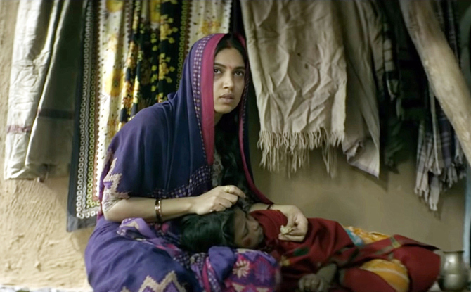 Bhumi Pednekar starrer Sonchiriya Hindi Movie Photos  4