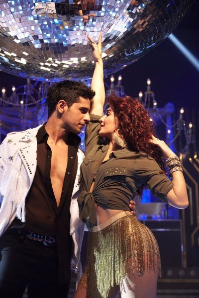 Jacqueline Fernandez and Sidharth Malhotra  A Gentleman Movie Disco Disco Song Pic