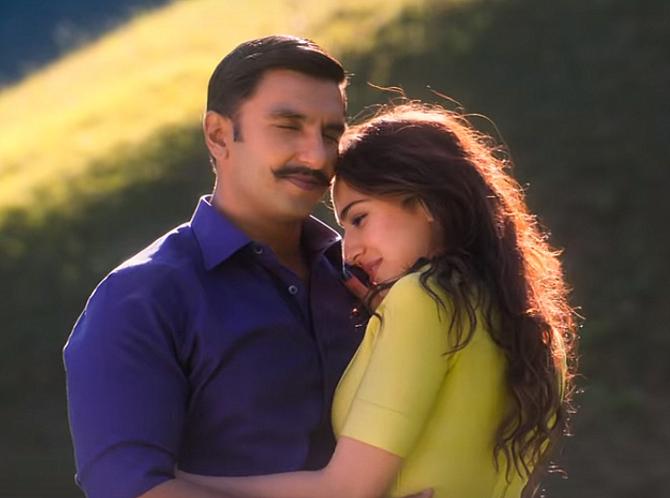 SIMMBA Movie Song Tere Bin starring Ranveer Singh   Sara Ali Khan  13