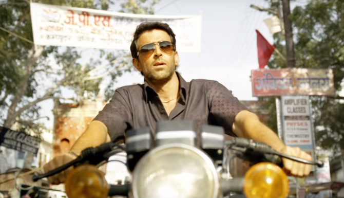 Hrithik Roshan starrer SUPER 30 Movie Stills  22