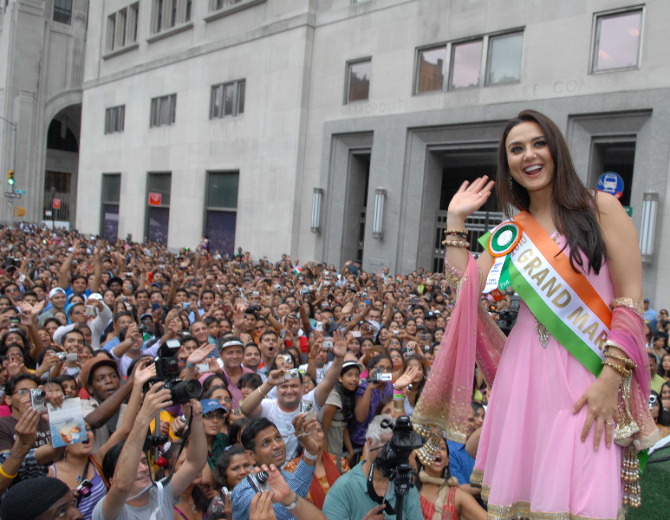 Preity Zinta NYC India Day Parade 01