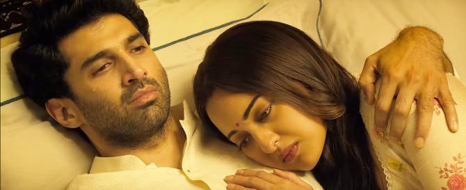 Aditya Roy Kapur   Sonakshi Sinha KALANK Movie Photos  1