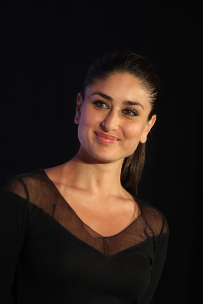Kareena Kapoor at the launch of new range of SONY VAIO laptops in Mumbai Image
