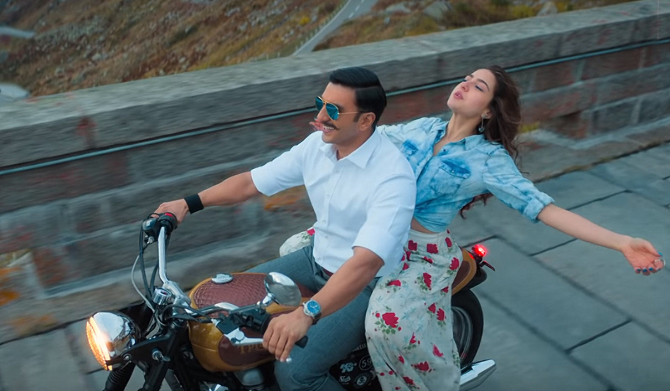 SIMMBA Movie Song Tere Bin starring Ranveer Singh   Sara Ali Khan  12