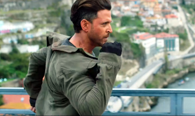 Hrithik Roshan WAR Hindi Movie Photos  25