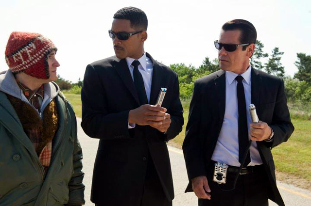 Will Smith  Josh Brolin and Michael Stuhlbarg in Men in Black 3 Photo