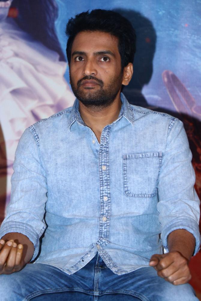 Dhilluku Dhuddu 2 Tamil Movie  10