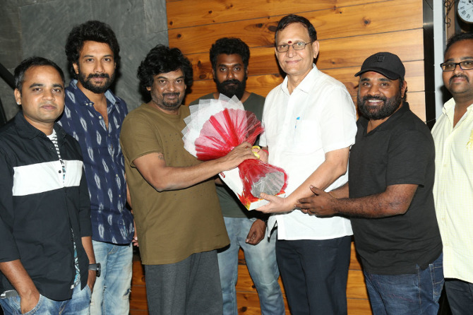 Puri jagannath Released Bluff Master Movie Title Logo  4