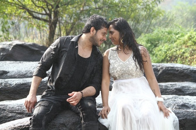 Pottu Tamil Movie Photos  11