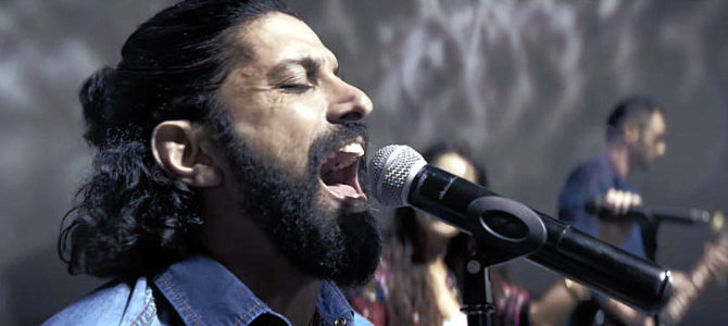Farhan Akhtar Rock On Song Pic