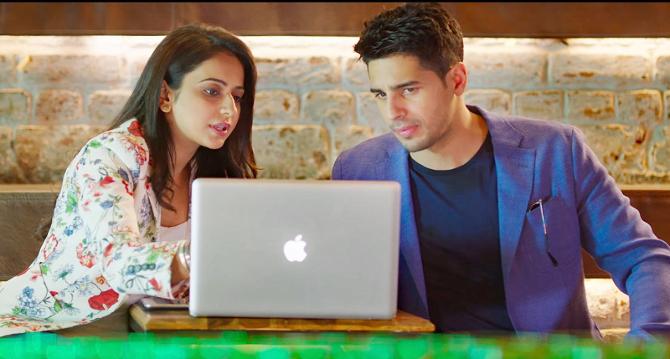 Rakul Preet Singh Sidharth Malhotra Aiyaary Movie Songs Photos  12
