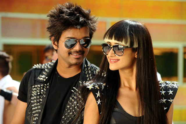 Ileana D Cruz and Vijay Nanban Tamil Film Song Images