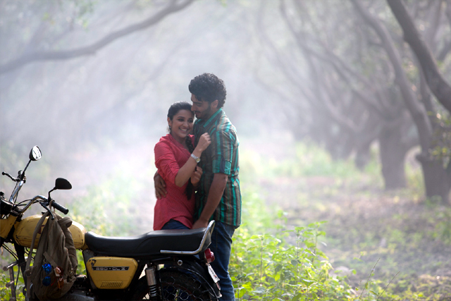 Arjun Kapoor Parineeti Chopra Ishaqzaade  Song Photo