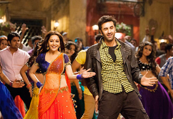 Ranbir Kapoor and Madhuri Dixit in Yeh Jawaani Hai Deewani Movie Song Photo