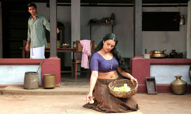 Swetha Menon Rathinirvedam Telugu Movie Stills