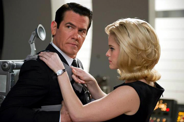 Josh Brolin and Alice Eve in Men in Black 3 Photo