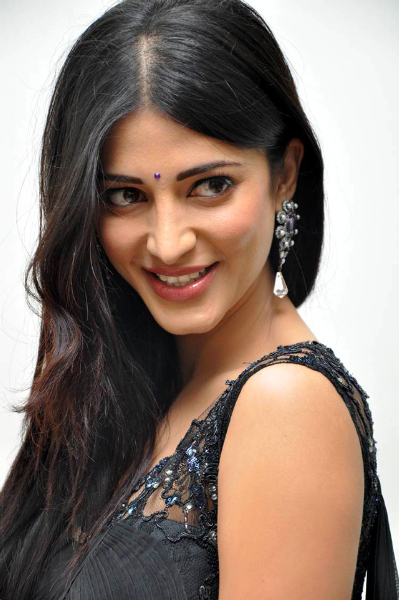 Shruti Haasan Oh My Friend Pics