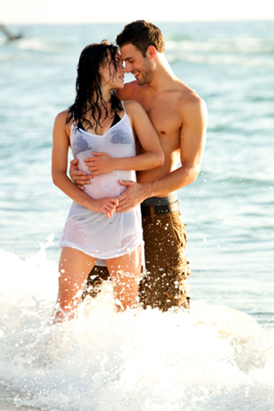 Kathryn McCormick and Ryan Guzman in Step Up Revolution Photo
