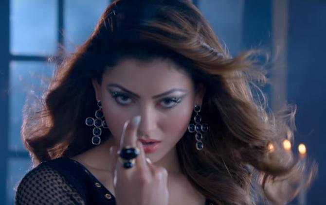 Urvashi Rautela starrer Pagalpanti Movie Photos  2