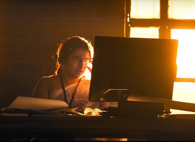 Vidya Balan starrer Mission Mangal Movie Photos  4
