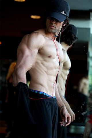 Hrithik Roshan Workout for  Krrish 3 Photo